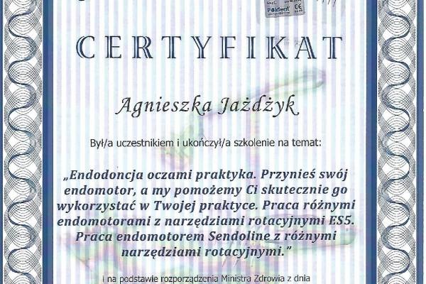 endodoncjaD506A722-4812-1466-B8C0-CEE37FAABB3F.jpg
